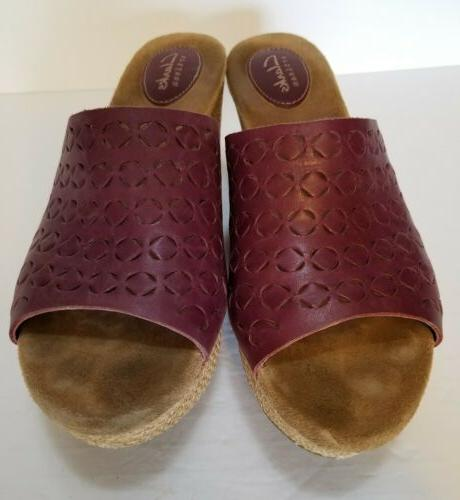Clarks Burgundy Toe On 9.5