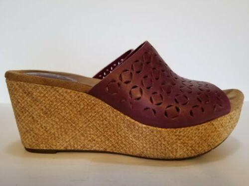 Clarks Artisan Burgundy On Platform Wedge 9.5